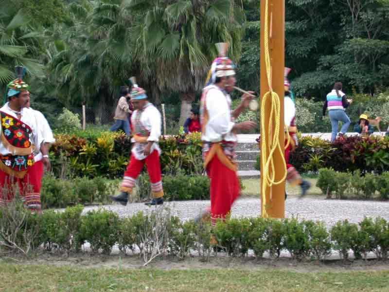 Tajin / Voladores De Papantla Veracruz